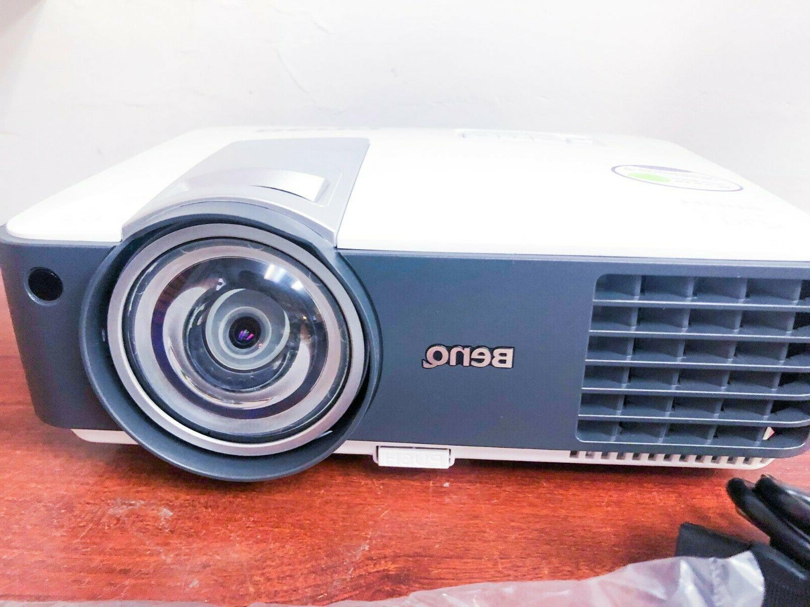 BenQ MX819ST 1080p/60 HDMI ceiling 3000 w/remote