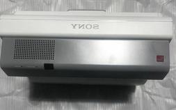 Sony Projector VPL-SW631 3300 Lumens New Original Box w/Ceil